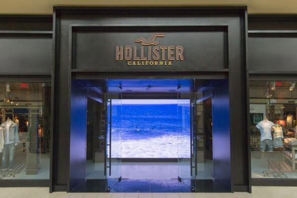 Hollister1